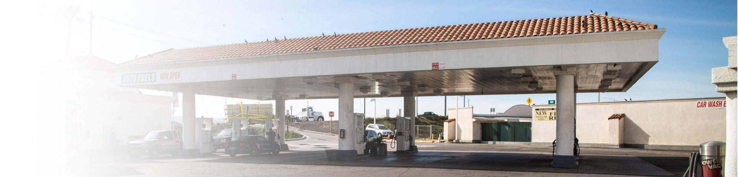 Gasoline independent quality discount at auto fuels gas station located right off the 101 freeway at the rice exit solutioingenieria Images
